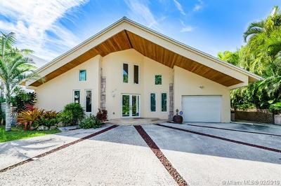 North Bay Village Single Family Home For Sale: 7810 Miami View Drive