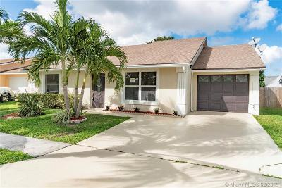 Lake Worth Single Family Home For Sale: 5421 River Plantation Rd