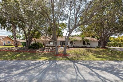 Single Family Home For Sale: 7740 SW 183 Terrace