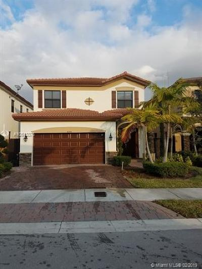 Doral Single Family Home For Sale: 8745 NW 100th Pl