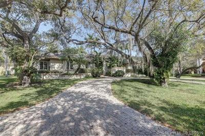 Coral Gables Single Family Home For Sale: 645 Destacada Av