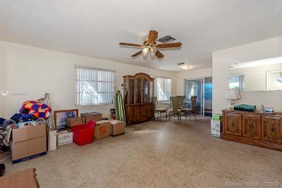 Hollywood Single Family Home For Sale: 7571 Lincoln St