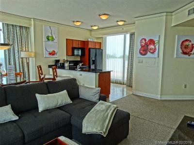 Sunny Isles Beach Condo For Sale: 18001 Collins Ave #2714