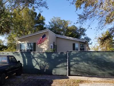 Davie Multi Family Home For Sale: 13471 SW 8th St