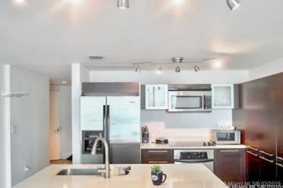 Miami Condo For Sale: 1900 N Bayshore Dr #3611