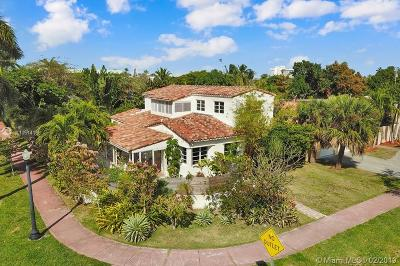 Miami Beach Single Family Home For Sale: 1199 Bay Dr