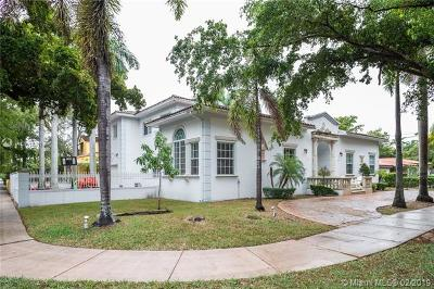 Coral Gables Single Family Home For Sale: 5201 Alhambra Cr.