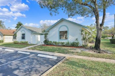 Sunrise Single Family Home For Sale: 4372 NW 120th Ln