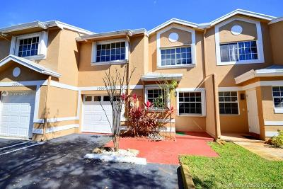 Cooper City Condo Active With Contract: 5066 SW 123rd Ter #.