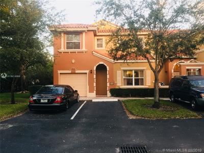 Miami Lakes Condo For Sale: 14131 NW 84th Ct #4101
