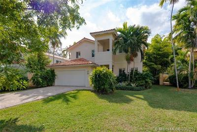 South Miami Single Family Home For Sale: 6724 Magnolia Ct