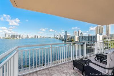 Sunny Isles Beach Condo For Sale: 251 174th St #704