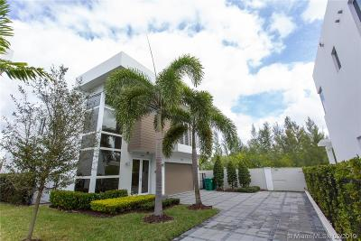 Doral Single Family Home For Sale: 7551 NW 97th Ct