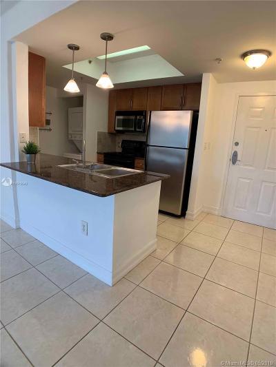 Miami Condo For Sale: 2000 N Bayshore Dr #513