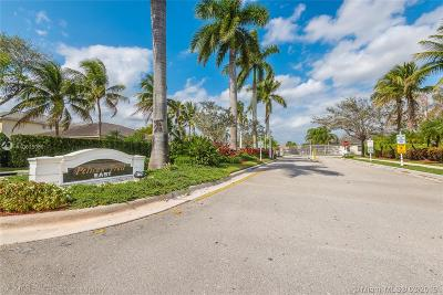 Coral Springs Single Family Home For Sale: 11675 NW 48th Ct
