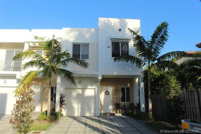 Doral Single Family Home For Sale: 7113 NW 103rd Path