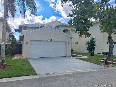 Coconut Creek Single Family Home For Sale: 3842 NW 23rd Mnr