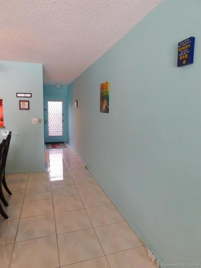 Coconut Creek Condo For Sale: 2305 Lucaya Lane #K3