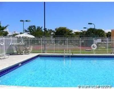 Cutler Bay Condo For Sale: 22348 SW 103rd Ct