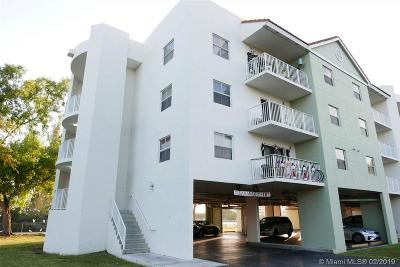 Cutler Bay Condo For Sale: 8240 SW 210th St #207