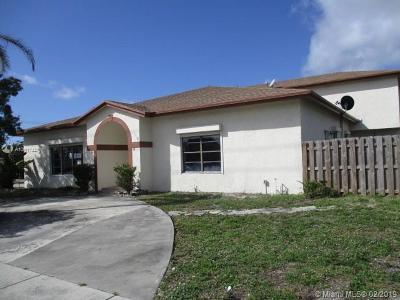 Deerfield Beach Single Family Home For Sale: 4701 NE 3rd Ave