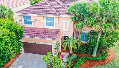 Pembroke Pines Single Family Home For Sale: 17048 SW 16th St