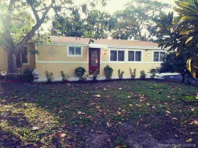 Fort Lauderdale Single Family Home For Sale: 2349 SW 34th Ter