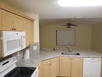 Broward County Single Family Home For Sale: 1908 SW 177th Ave
