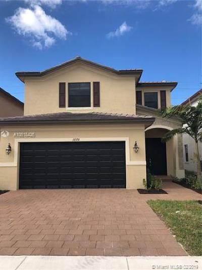 Hialeah Single Family Home For Sale: 10520 W 35th Way