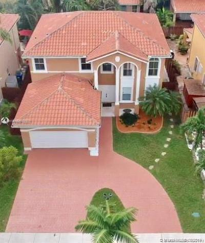 Miami Single Family Home For Sale: 15874 SW 60th Ter