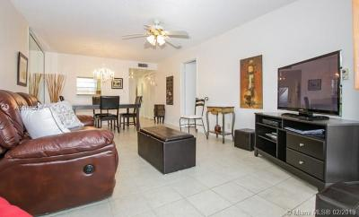 Sunrise Condo For Sale: 9401 Sunrise Lakes Bl #101