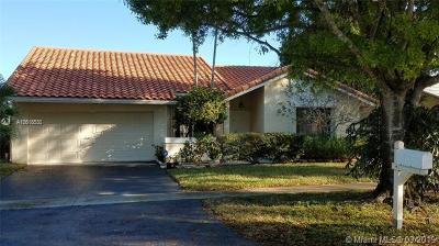 Plantation Single Family Home For Sale: 10307 NW 6th St