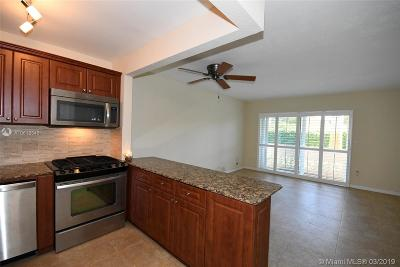 Palmetto Bay Condo Sold: 14500 SW 88th Ave #127