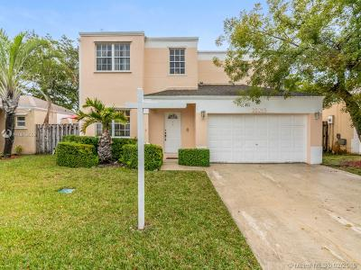 Cutler Bay Single Family Home Active With Contract: 22213 SW 97th Ct