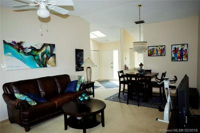Palm Beach County Condo For Sale: 431 Midsummer Ct #431