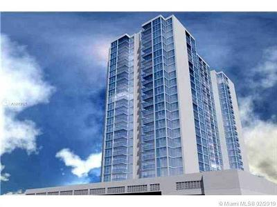 Miami Beach Condo For Sale: 2655 Collins Ave #608