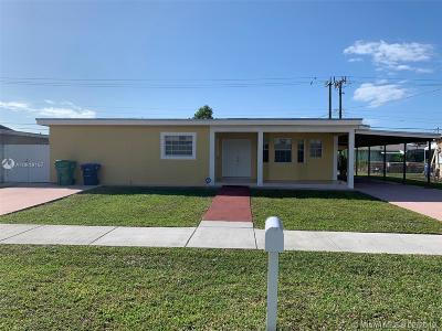 Miami Gardens Single Family Home For Sale: 3800 NW 179th St