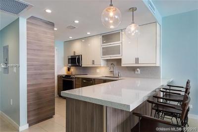 Miami Beach Condo For Sale: 5601 Collins Ave #1612