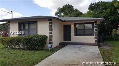 Dania Beach Single Family Home For Sale: 113 NW 5th Ave