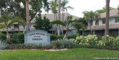 Coral Springs Condo For Sale: 9829 Riverside Dr #42-6