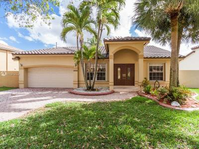 Miami Single Family Home For Sale: 8930 NW 194th Ter