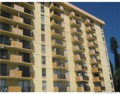 North Miami Beach Condo For Sale: 2075 NE 164th St #116