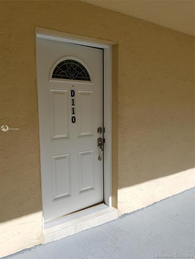 Hialeah Condo For Sale: 1755 W 60th St #D110