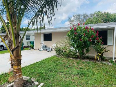 Miami Gardens Single Family Home For Sale: 9457 SW 52nd Ct