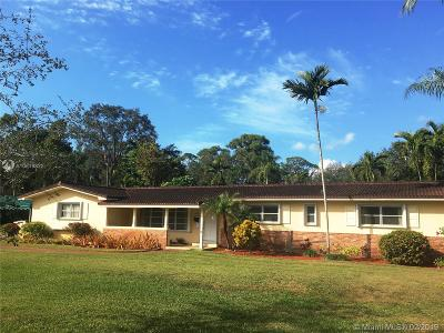 South Miami Single Family Home Active With Contract: 7340 SW 67th Ct