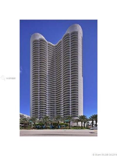 Ocean Four, Ocean Four Condo, Ocean Four Condo + Den, Ocean Four + Den, Ocean Four Condominium Rental For Rent: 17201 Collins Ave #507