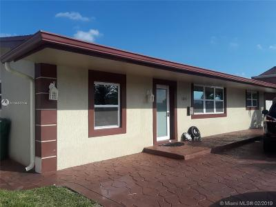 Pembroke Pines Single Family Home For Sale: 1311 N Douglas Rd