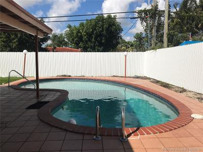 Miami Single Family Home For Sale: 1010 SW 93 Ave