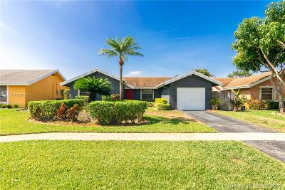 Broward County Single Family Home For Sale: 1317 SW 82nd Ave