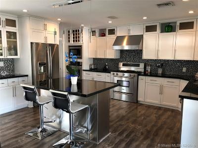 Fort Lauderdale Single Family Home For Sale: 1305 Avocado Isle